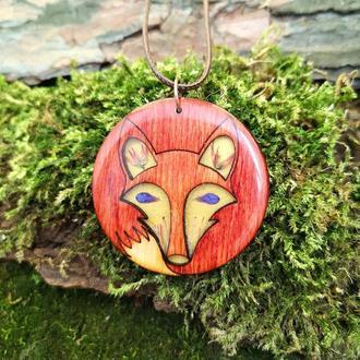 Деревянный кулон лиса с цветами