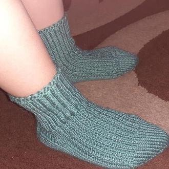Вязаные детские носочки