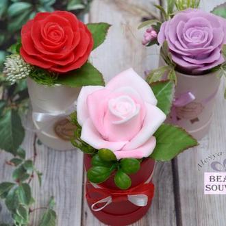 Розы из мыла в шляпной коробочке