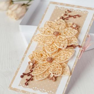 """Подарочный конверт для денег с цветами в технике квиллинг """"Ажурный"""" (свадебный конверт)"""