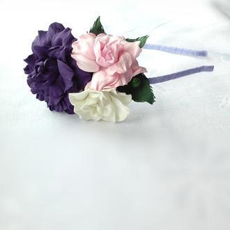 Ободок с фиалковой розой
