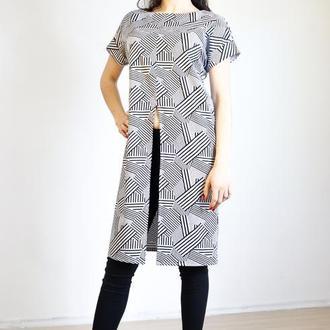 Платье-рубашка бело-черное абстракция