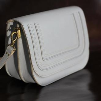 женская кожаная сумка светло серая