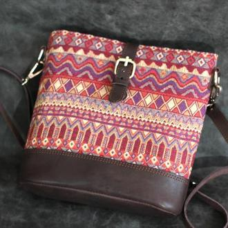 сумочка на подкладе из ткани и кожи