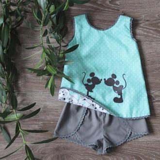 Костюм для девочки из 3х предметов 100% хлопок: ДВУСТОРОННИЙ топ 2в1, шорты, повязка для волос
