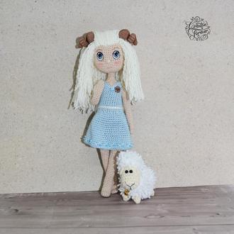 Куколка Овен, знак зодиака.