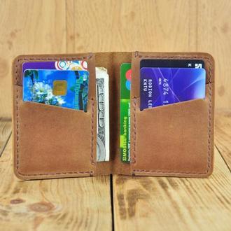Кожаный кошелек - картхолдер - маленький и вместительный аксессуар