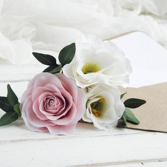 Шпильки с цветами / Красивые свадебные шпильки с пудровой розой и эустомой