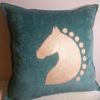 Диванная декоративная подушка