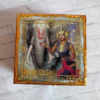 Шкатулка со слоном Восточная шкатулка на ножках Индийская Ганеша Парвати Подарок йога инструктору