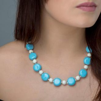 "Голубовато-белое ожерелье из керамики ""Bright sky"""
