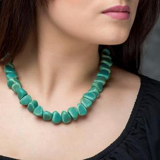 """Зеленое ожерелье из керамики """"Jade Stone"""" ручной работы"""