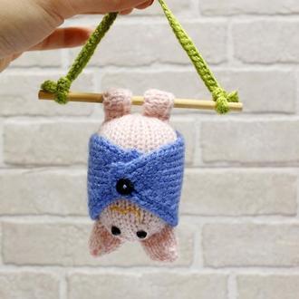 Летучая мышка розовая
