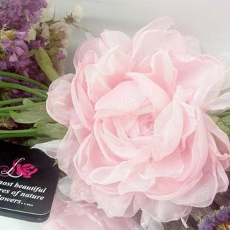 Брошь - заколка пион «Идеальная нежность». Цветы из ткани