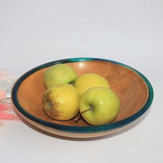 Декоративная тарелка с краем с эпоксидной смолой