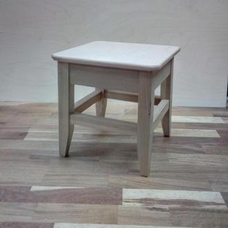 Малая табуретка (стульчик, табурет)