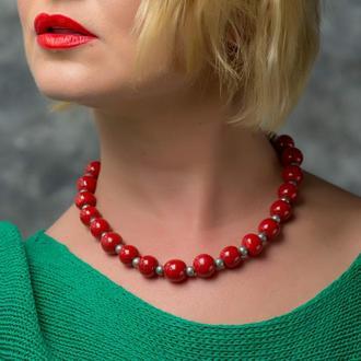 """Красное ожерелье из керамики """"Red Wine"""" ручной работы"""