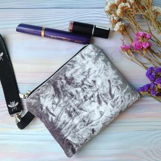 Клатч из велюра, мини-сумочка на руку//Клатч из велюра, мини-сумочка на руку
