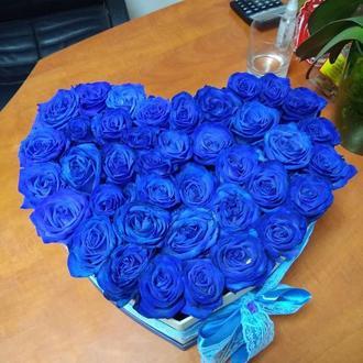 коробка сердце с синей розой
