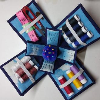 Шкатулка- органайзер для швейных принадлежностей.