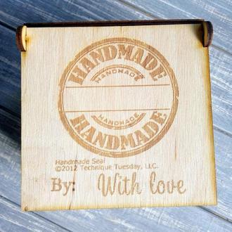 Маленька коробка з дерева Hand Made. Упаковка для продукции или подарков.