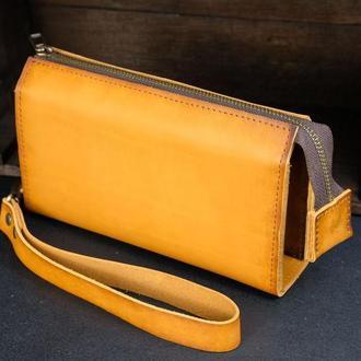 Кожаный кошелек Тревел с ремешком, кожа итальянский краст, цвет Янтарь