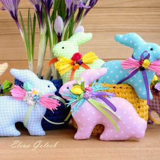 Пасхальные кролики цветные