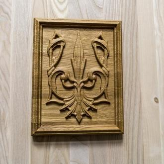Тризуб, герб Украины из дуба