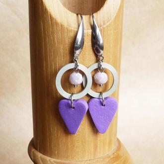 Сиреневые серьги сердечки из полимерной глины Серьги с подвесками Геометрические серьги