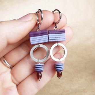 Необычные фиолетовые геометрические серьги из полимерной глины Серьги в стиле бохо