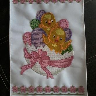 Пасхальный рушник, вышитый чешским бисером