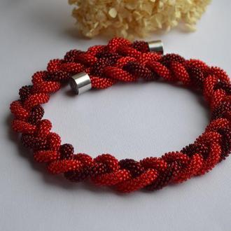 Колье красная  коса из чешского бисера