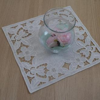 Embroidered white linen napkin  Вышитые салфетки