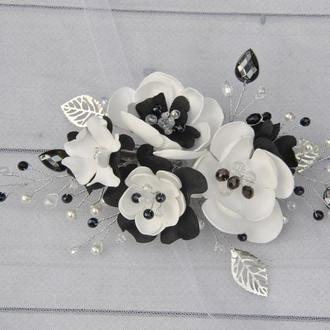 Заколка из бусин и цветов школьная Украшение в волосы черно белые цветы Веточка в прическу