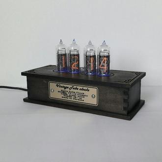 Черные ламповые ретро часы Nixie clock ин-14