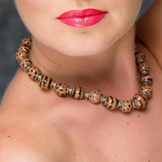 """Коричневое ожерелье из керамики """"Chocolate Safari"""" ручной работы"""