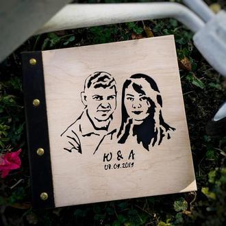 Альбом для фото с портретом на деревянной обложке | подарок на свадьбу, день рождения, годовщину