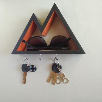 Настенная ключница-полочка Mountains 5, two colors