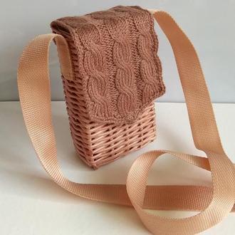 Плетёная сумка из бумажной лозы.