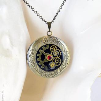 Фото медальон в стиле steampunk (в наличии 1 шт.)