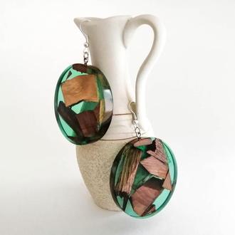 Зеленые круглые серьги из дерева и смолы, массивные серьги ручной работы в подарок девушке