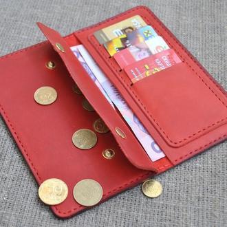 Кожаное портмоне ручной работы красного цвета К03-580