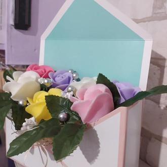 Мыльный букет из 7 роз в конверте