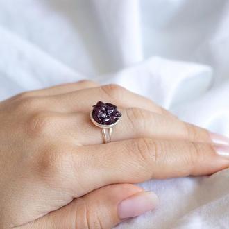 Перстень з гранатом - кольцо с гранатом