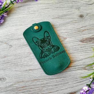 Кожаная ключница зеленая женская карманная для ключей с тиснением бульдог Украина кожа