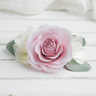 Заколка для волос с цветами в подарок / Гребень с пудровой розой и гортензией для невесты