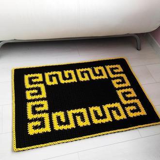 Ковер  крючком, прямоугольный коврик греческим узором, подарок на новоселье, декор дома