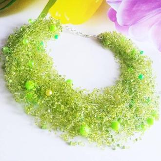 Салатовое воздушное колье Зеленое ожерелье купить Насыщенное пышное зеленое воздушное колье