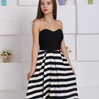 Невероятное контрастное платье
