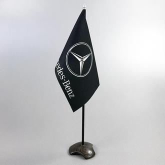 Настольный флажок из мореного дуба с логотипом Mercedes (возможны другие лого)